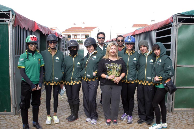 Lara Sawaya and endurance ladies riders