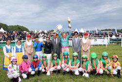 Arabians dish out exciting fare on Swedish National Day meeting